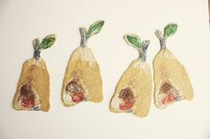 Pears Felted pear coasters for the breakfast table par Onstail