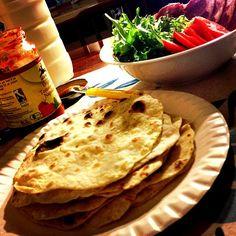 今回買った小麦粉はまぁまぁいけるかも! - 168件のもぐもぐ - Burrito wiz mix salads & smoked lamb ブリトー、ミックスサラダとラム肉のハム by centralfields