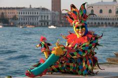 Der Arlecchino, eine Figur der Commedia dell'arte.
