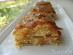 El pastel de mil hojas es muy tradicional en Chile, puede ser relleno con solo manjar o con manjar y crema Chantilly o pastelera o en este caso de lúcuma.