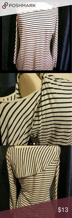 Open shoulder Striped Top Stripe  Sz M Vince Camuto Tops Blouses