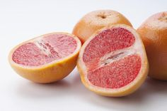 The Best (Cheap and Easy) Foods for Weight Loss: Grapefruit
