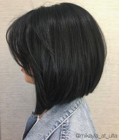 50 Layered Bobs You Will Fall in Love With - Hair Adviser Switch up your usual hairstyle and try a layered bob - we have a list of cool ideas that can match your vibe and flatter your face shape! Layered Bob Haircuts, Layered Bobs, Long Bob Haircuts, Medium Bob Hairstyles, Modern Haircuts, Short Haircut, Straight Hairstyles, Medium Layered, Angled Bobs