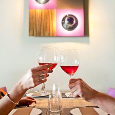 Dia de pluja? Ideal per descobrir la gastronomia i els bons vins de l'Empordà! #visitroses #arises #costabrava #catalunyaexperience