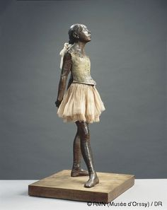 The Edgar Degas collection at the Musée d'Orsay vies with the Toulouse-Lautrec there as being my must-see when in Paris. I never tire of looking at their work. This iconic bronze from Degas is such a piece.