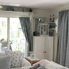 Shabby and Charming: shabby chic pastel colors for an Australian home
