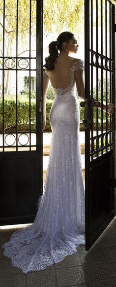 Riki Dalal : Lorraine Bridal Collection – Part 2 - Best Wedding Gowns 2015 Wedding Dresses, Wedding Gowns, Sophisticated Bride, Gorgeous Wedding Dress, Estilo Boho, Types Of Dresses, Mermaid Dresses, Wedding Gallery, Bridal Collection