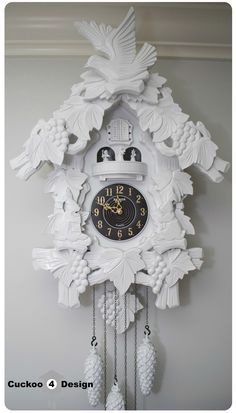 Add a traditional feel to your home with this great tutorial for a DIY cuckoo clock! This project turns outdated into a modern and stylish decor piece.