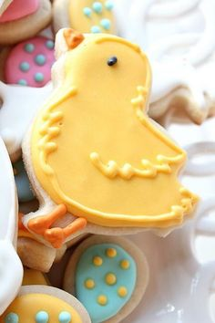 Cute little Easter chick cookie.
