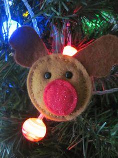 Pickle-Lily: Easy-Peasy Reindeer