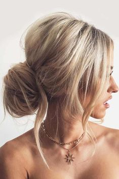 Chignon bun hairstyles are experiencing a major comeback this season. Catch some inspo in our gallery – we have many ideas how to rock a chignon. #chignon #chignonbun #updos #longhairstyles
