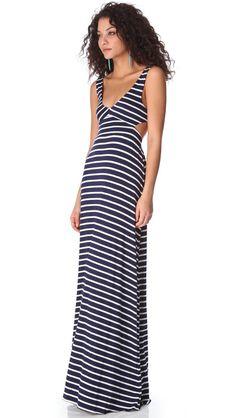 Pin for Later: 11 pièces superbes en soldes rien que pour vous ! Robe longue à rayures Rachel Pally Rachel Pally Stripe Cutout Dress ($179 au lieu de $238)