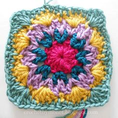 CrochetByMonet: Free Granny Square Pattern...I want to make one large continuous granny square blanket for our bed :)