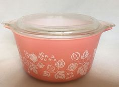 Pyrex Pink Gooseberry Casserole Covered Baking Dish With Lid 473 One Quart VTG #Pyrex #Casserole