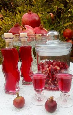 Cocktails, Drinks, Dessert Recipes, Desserts, Confectionery, Panna Cotta, Food And Drink, Vegetables, Cooking