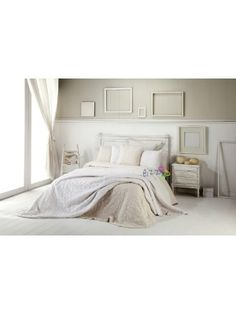 Summer Bedspread Fresh with pillowcases - 250X270cm art Valeria Petals- select color