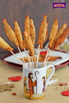 Caramelos de Filetes de Anchoas, un aperitivo sencillo de elaborar pero muy resultón, a vuestros invitados les va a encantar, por experiencia propia os diré que será una de las cosas que primero se terminen de la mesa. Estos Caramelos de Filetes de Anchoas, son un bocado exquisito, crujiente por fuera y por dentro la …