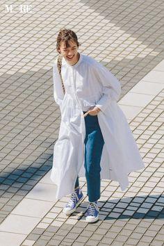 Japan Fashion, Daily Fashion, Love Fashion, Korean Fashion, Fashion Looks, Fashion Design, Hijab Fashion, Fashion Dresses, Dress Over Pants