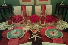 Table Settings for Romantic Dinner- 19 Lovely Valentine's Day Decoration Ideas for your Home