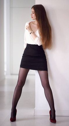 Only sexy dresses Perfect Legs, Beautiful Legs, Gorgeous Women, Black Pantyhose, Nylons, Sexy Skirt, Dress And Heels, Sexy Legs, Sexy Outfits