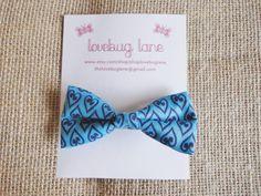 spring hair bow - blue hearts