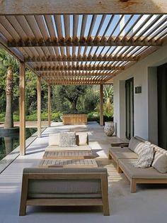 Pergola For Small Backyard Key: 3671585759 Pergola Patio, Wood Pergola, Backyard Landscaping, Pergola Kits, Aluminum Pergola, Corner Pergola, Outdoor Patio Designs, Outdoor Spaces, Outdoor Living