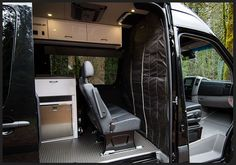 Custom Sprinter: Stealth curtain