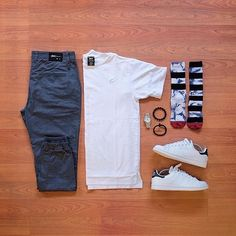 """69 Me gusta, 1 comentarios - Clothing Combo (@clothingcombo) en Instagram: """"Simple' #menstyle #Combo #Outfit #Adidas"""""""