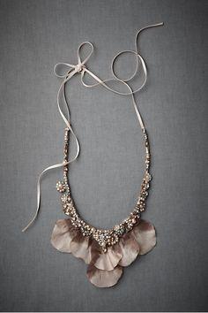 full petal necklace