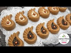 Moroccan Desserts, Algerian Recipes, Oreo Cheesecake, Biscuit Cookies, Fabric Flowers, Biscotti, Crafts For Kids, Deserts, Food And Drink