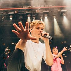 Martinus on the concert Bars And Melody, Dream Boyfriend, Best Fan, Beautiful Person, Great Friends, New Music, Bae, Crushes, Handsome