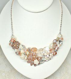 Rose Gold Braut Bib-Blush Anweisung Halskette-Rose von BrassBoheme