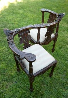Victorian conversation chair... neatest thing i have ever seen!!
