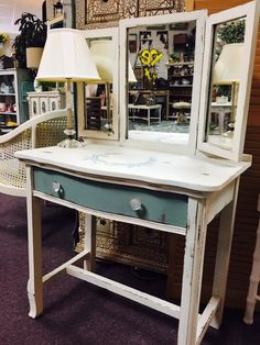 Vintage Market Mall & Salvage used #DixieBellePaint newest color Vintage Duck Egg and popular Drop Cloth. Using chalk paint to spruce up furniture!