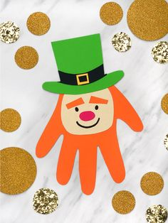 Feb Crafts for your preschool classroom. Fun craft projects for kids. Paint, paper, glue, scissors and more for tons of crafting fun! March Crafts, St Patrick's Day Crafts, Daycare Crafts, Classroom Crafts, Toddler Crafts, Preschool Crafts, Holiday Crafts, Fun Crafts, Classroom Teacher