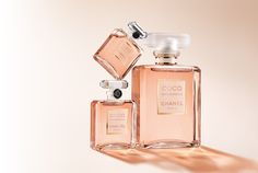 Discover and shop all the Fragrance and Perfume of the legendary CHANEL House. Includes the full range of CHANEL perfume and cologne collections for Men and Women on CHANEL website. Chanel Perfume, Perfume And Cologne, Perfume Bottles, Perfume Fragrance, Coco Chanel Mademoiselle, Coco Chanel Quotes, Chanel Beauty, Chanel Fashion, First Perfume