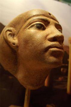 Egyptian Statue / Akhenaten era statue replica of Queen Tiye - Amarna art. #Egyptianstatuereplica