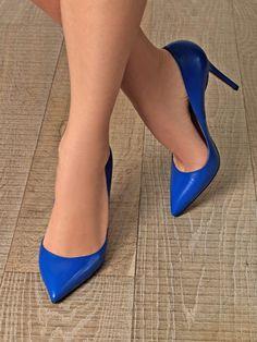 Nylons, Crochet Bodycon Dresses, Stockings Heels, Beautiful Toes, Women's Feet, Stiletto Heels, Stilettos, Sexy High Heels, Leather Pumps