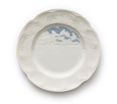 From the series Under Blue Skies, 2009. Reworked second hand ceramics. // Caroline Slotte