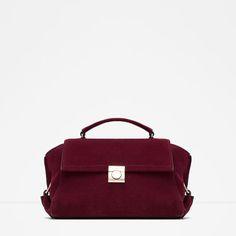 How to Build Your Entire Fall Wardrobe With Zara Pieces Trendy Handbags, Satchel Handbags, Fashion Handbags, Fashion Bags, Burgundy Handbags, Blue Handbags, Purses And Handbags, Burgundy Bag, Chanel Handbags