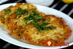 Potato pancakes with oat flakes Slovak Recipes, Oat Pancakes, Polish Recipes, Whole 30 Recipes, Cauliflower, Mashed Potatoes, Paleo, Food And Drink, Chicken