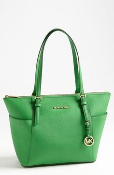 MICHAEL Michael Kors 'Jet Set' Leather Tote | Nordstrom... Omg w the zipper
