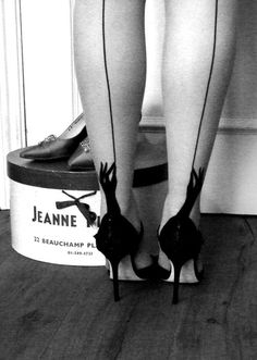 seamed stockings - love the little hands on the heel seam!