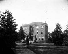 Wake Forest College, Alumni Building 1910ish
