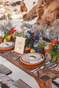 An Aztec themed, colorful desert wedding inspiration shoot in Utah - in the snow - from Tyler Rye Photography. Cactus Wedding, Boho Wedding, Wild West Wedding, Hacienda Wedding, Wedding Desert, Luxury Wedding, Wedding Table Decorations, Decoration Table, Terracota