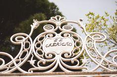 Hoy traigo a nuestro colaborador más joven y guapo, también conocido como Tio Javi, a contarnos la historia del Parque del Capricho, un jardín histórico precioso que no os podéis perder si visitáis Madrid. Os animo a dejarle un comentario con vuestras impresiones y/o nuevos sitios que reseñar. El parque del Capricho es uno de …