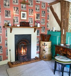 Real home: a painstaking restoration of a listed townhouse Period Living, Wallpaper Stencil, English Country Style, English House, Cottage Interiors, Fireplace Mantle, Country Decor, House Colors, Colorful Interiors