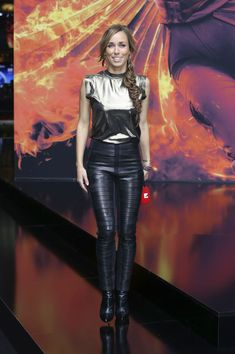 Annemarie Carpendale attends Premiere The Hunger Games Mockingjay 2