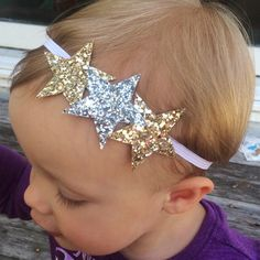 Items similar to Gold and Silver Stars - Baby/Toddler/Girl/Adult Glitter Headband on Etsy Making Hair Bows, Diy Hair Bows, Diy Bow, Diy Headband, Baby Headbands, Rhinestone Headband, Flowers In Hair, Fabric Flowers, Hair Accessories For Women