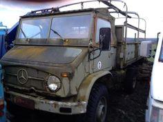 Camion poids lourd Fourgon bâché avec parois rigides Unimog 404 occasion